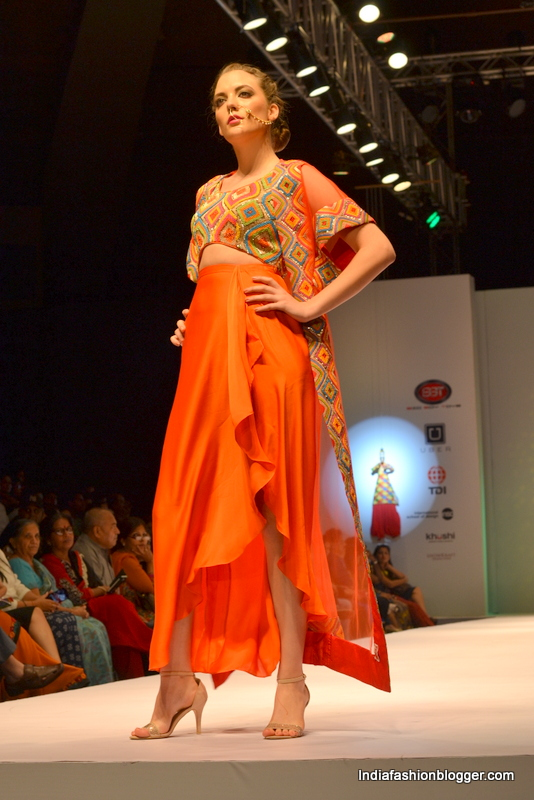 Raas collections