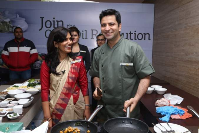 Chef Kunal Kapoor and Nutritionist Seema Singh at live cooking Session