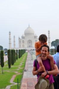 Taj Mahal Agra tour with a photographer