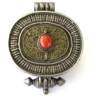 Antique Tibetan Gau, Tibetan Ghau Box, Silver, Filigree, Gilt, Coral,137 Grams