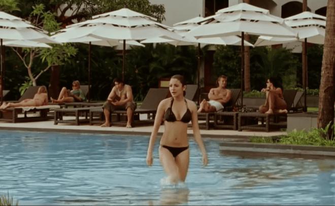 anushka bikini 25