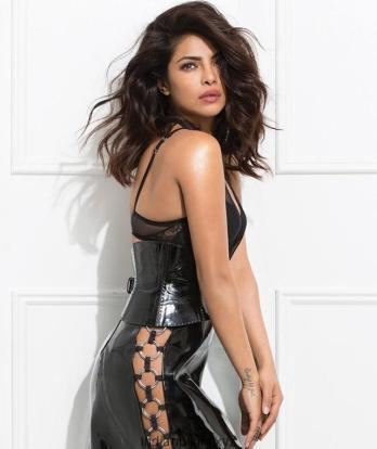 Priyanka-Chopra-hot-and-bold-photo