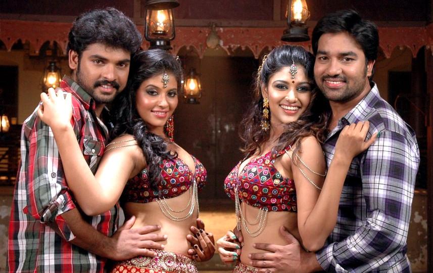Kalakalappu Heroines Anjali Oviya Hot Stills