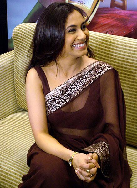 Rani Mukherjee_017_BWEvent Brown TSaree