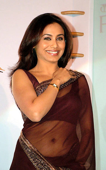 Rani Mukherjee_021_BWEvent Brown TSaree