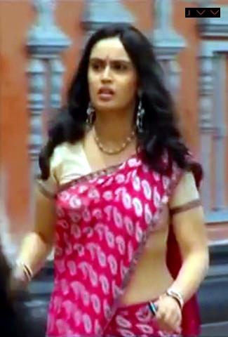 Kausalya Tamil TV Actress hot saree navel show