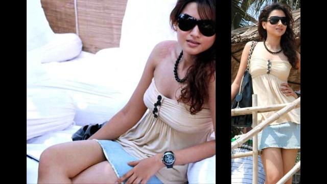 Gauhar Khan_010_Puma Swimwear launch_Skirt