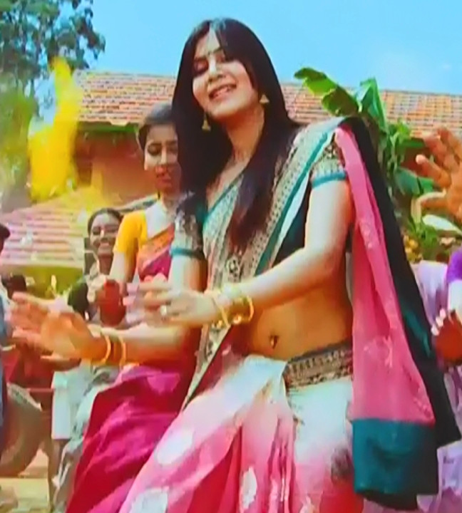 Samantha_Attarintiki Daredi_003_Saree Song