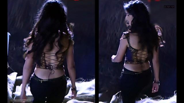 Katrina Kaif_Tel Movie Hot cleavage_03