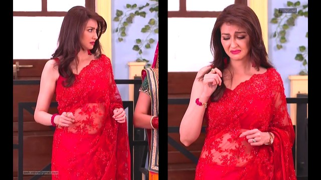 Saumya Tandon_Hindi TV Actress_07_Hot Saree navel Pics