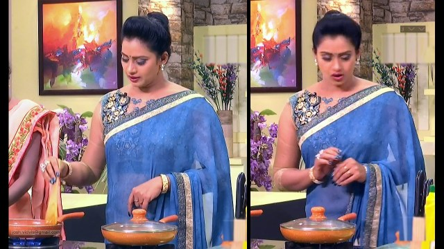 Telugu Anchor Cook show_03_Saree navel