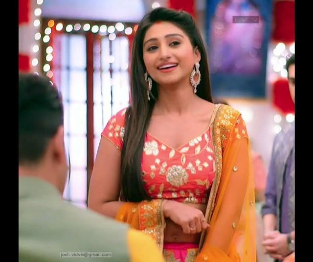 Mohena Singh_Hindi TV Celeb_06_Hot Lehenga Choli Pics