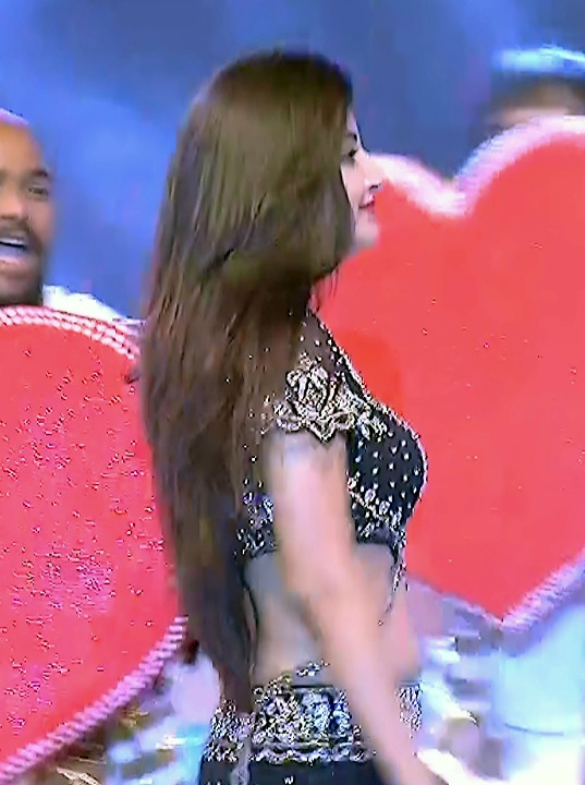 Poonam Kaur_TW Act_Item Dance Performance_19
