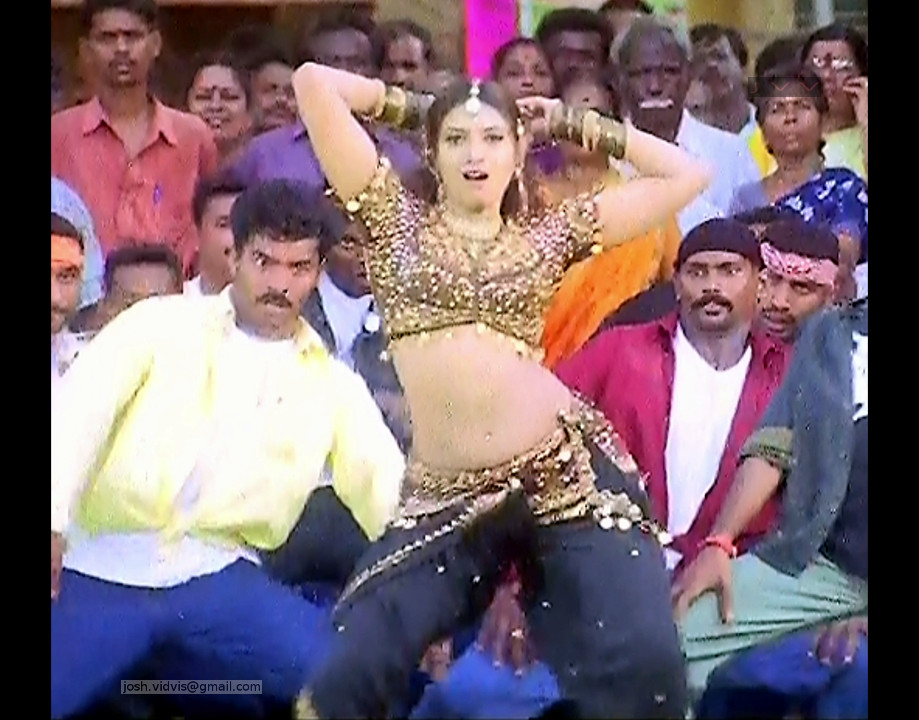 Sanghavi_Tamil Movie Stills_10