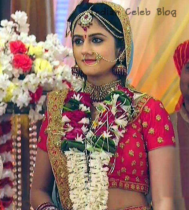 Shefali Singh Soni_Hindi TV Actress_01_Lehenga Choli Hot Pics