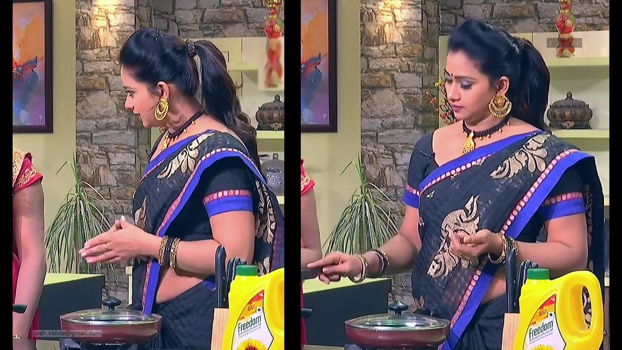 Telugu TV Anchor Cool show_02_Saree Caps photos