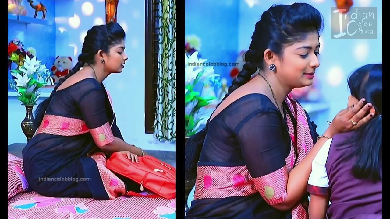 Bhoomi Shetty_Kannada TV_13_Hot serial saree caps