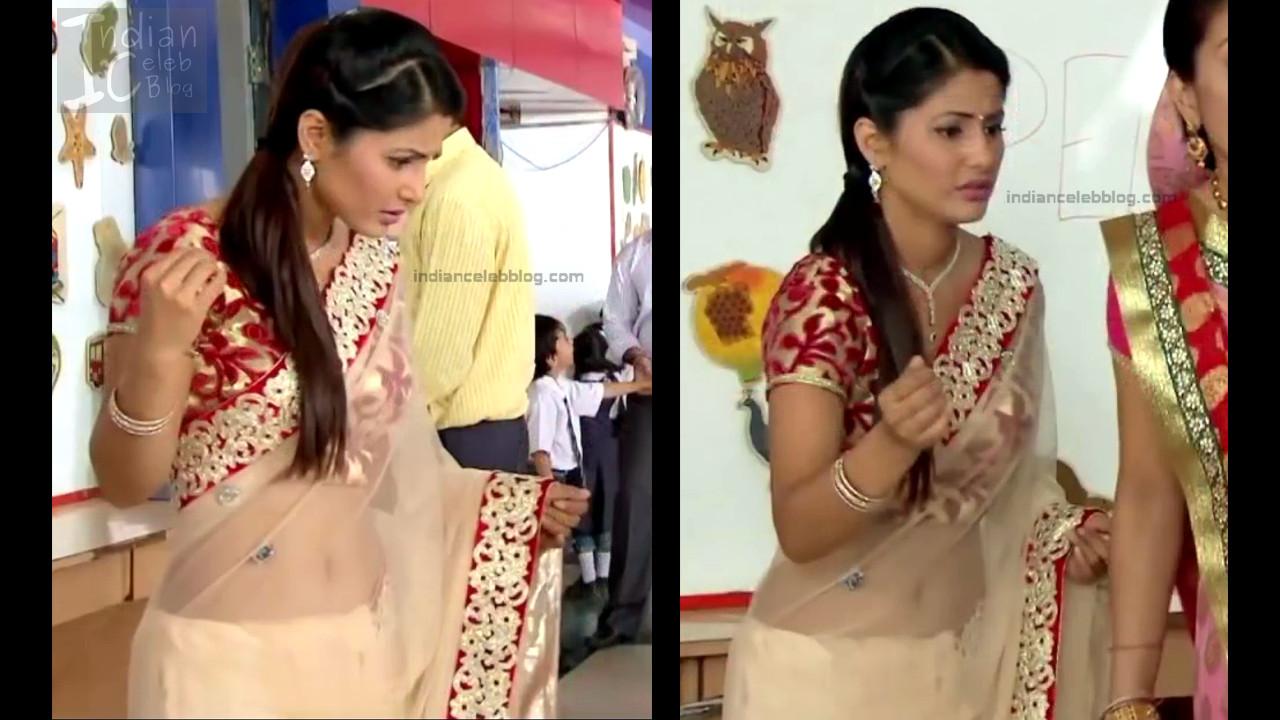 HinaKhan_Hindi TV Actress YRKKH S1_17_Hot Saree navel pics