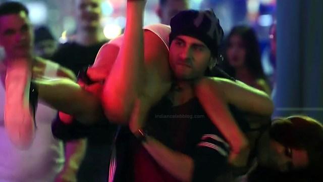 Madhura Naik_Hindi TV Actress S2_12_Hot leg cleavage show pics
