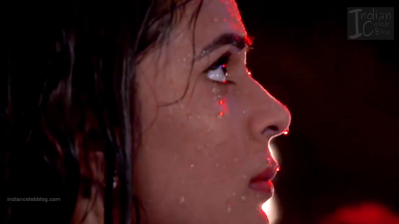 Sonal Vengurlekar_Hindi TV Actress YehVR S3_3_Hot Jeans