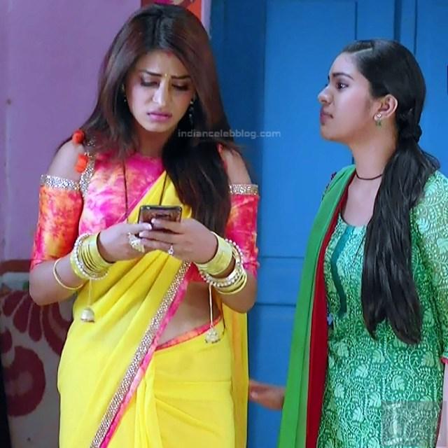 Bhumika Gurung_TV Actress NMS1_4_Hot sari navel pics