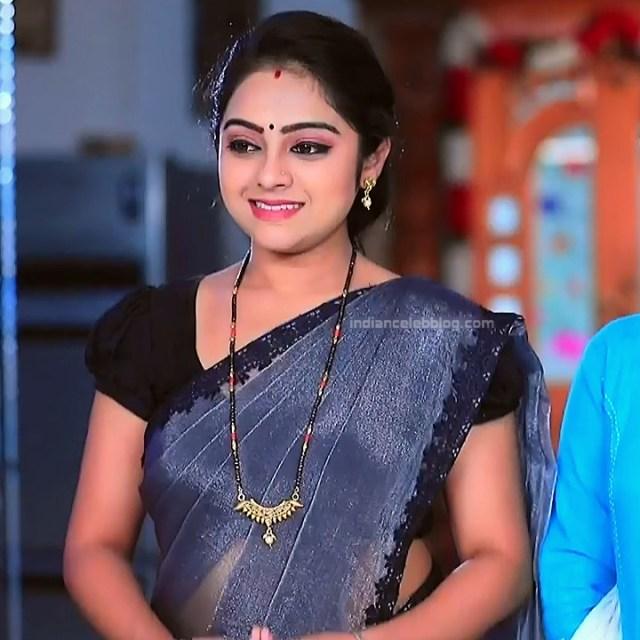 Deepika Dhanya Kannada Serial Kulavadhu S1 1 Saree Pics