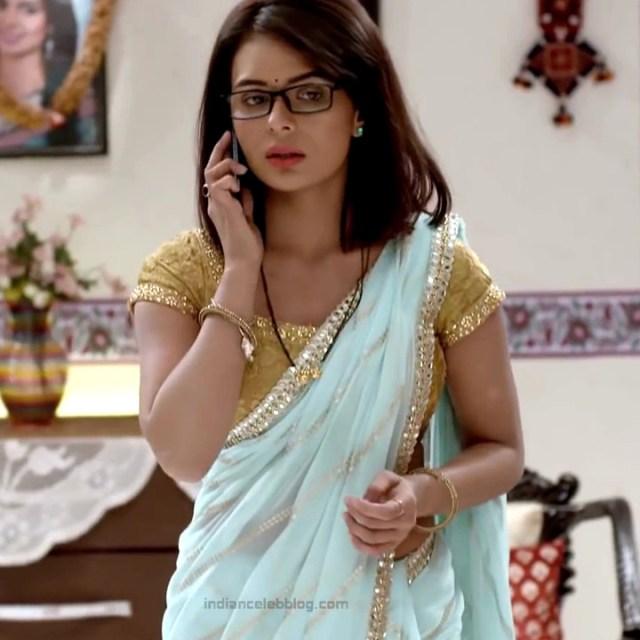 Sonal Vengurlekar_Hindi TV Actress YehVR-S5_6_Hot Saree Images