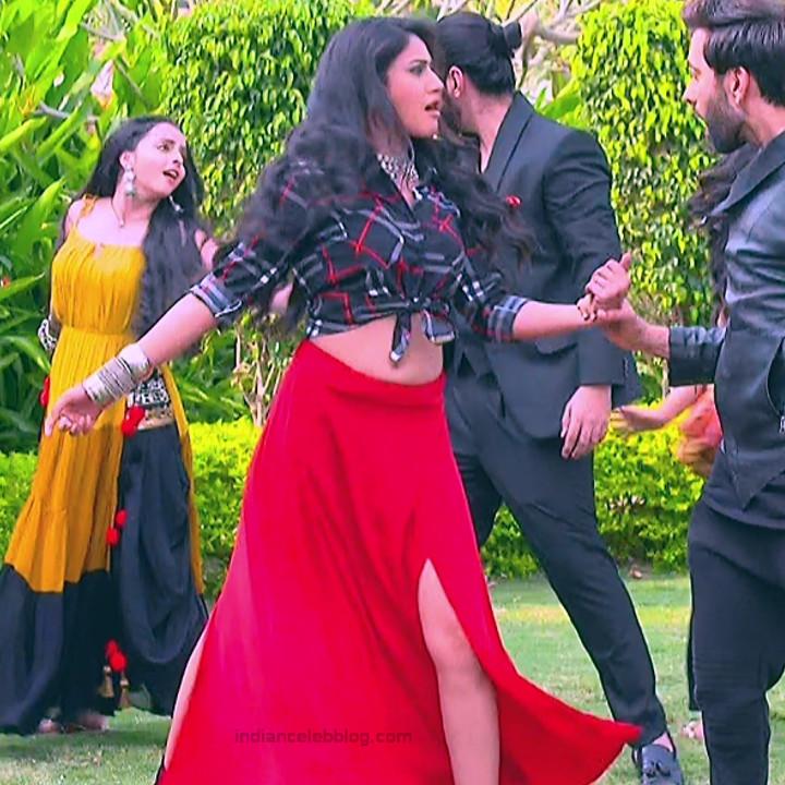 Surbhi Chandna_Hindi serial actress IB-S2_2_Hot navel pics