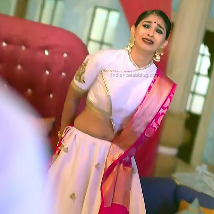 Vidhi Pandya_Hindi TV Actress Ud-S2_3_Hot Lehenga photos