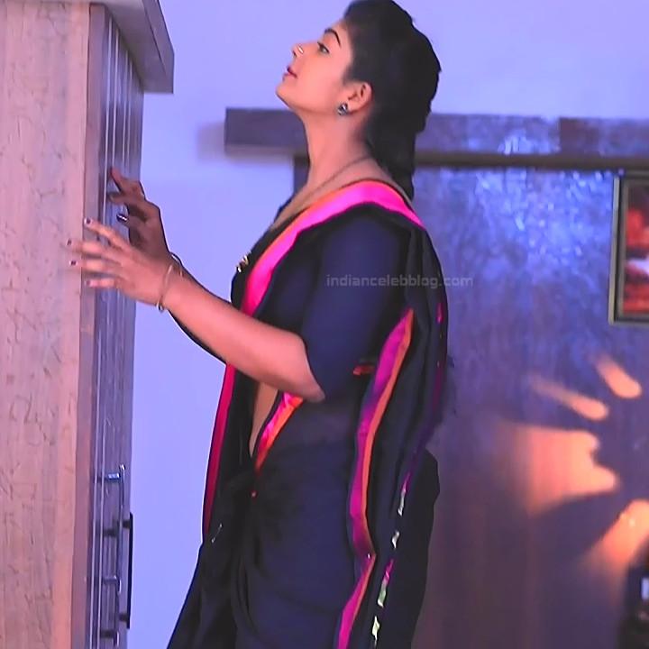 Bhoomi shetty kannada serial actress KinNS2 19 Hot saree photo