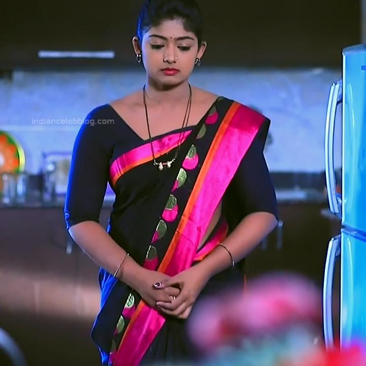 Bhoomi shetty kannada serial actress KinNS2 22 Hot saree photo