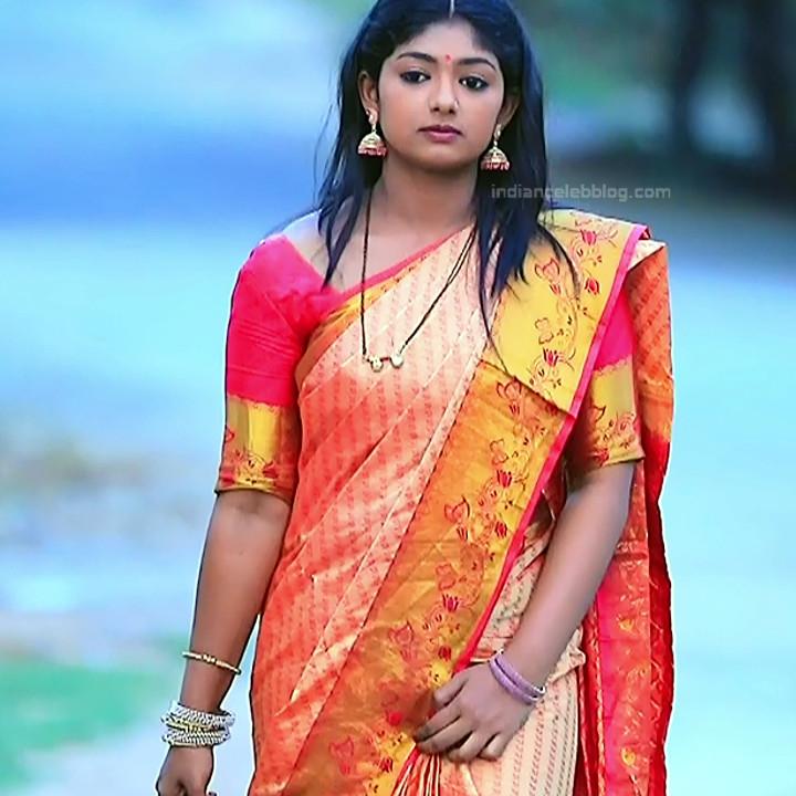 Bhoomi shetty kannada serial actress KinNS2 3 Hot saree photo