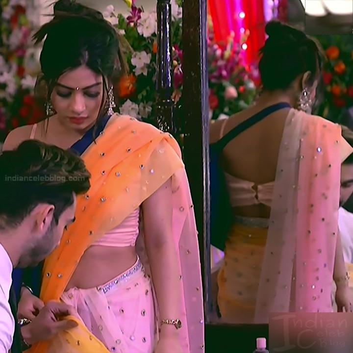 Krishna Mukherjee Hindi TV Actress YehHM S1 12 Hot saree photos