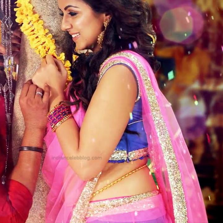 Nikki Galrani Tamil actress kalakalappu movie photos S1 15
