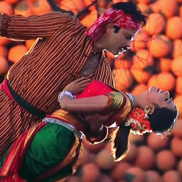 Rani Mukherji Hot movie stills Nayak S2-3 4