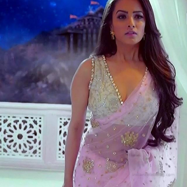 Anita Hassanandani Hindi TV actress YehHMS3 14 hot navel show