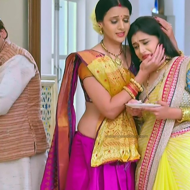 Astha Agarwal Hindi TV Actress KyaHMPS1 5 hot saree pics
