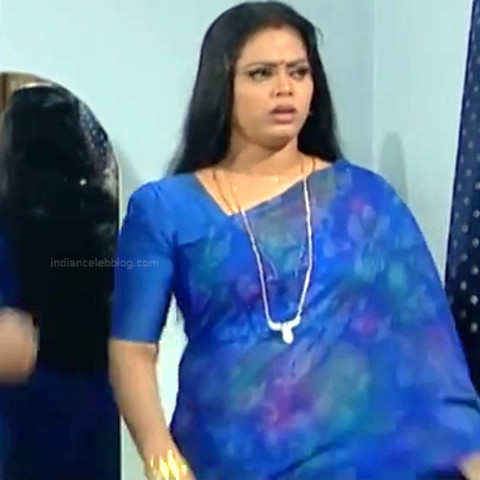 Devipriya Tamil TV actress VKCompS1 12 hot saree caps