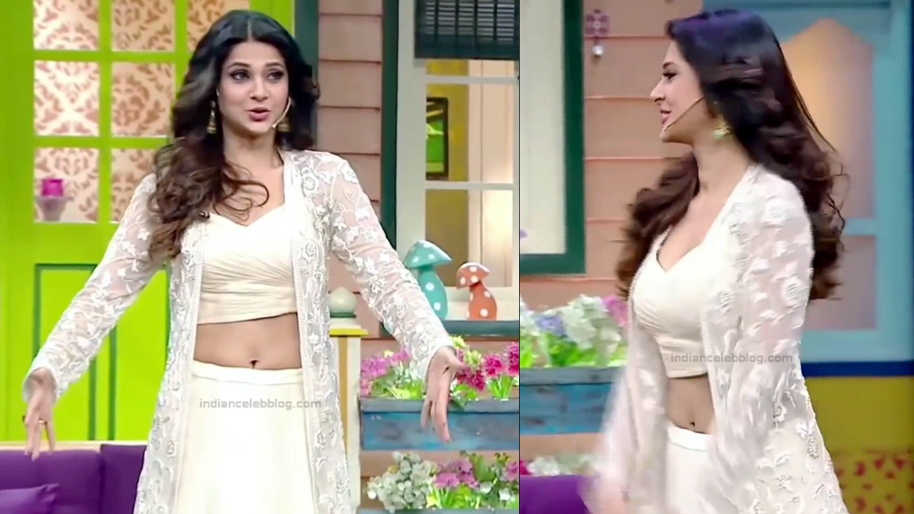 Jennifer Winget Hindi TV Actress YTDS1 10 Hot navel show pics