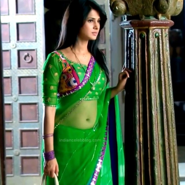 Jennifer Winget Hindi TV Actress YTDS2 2 Hot saree photos