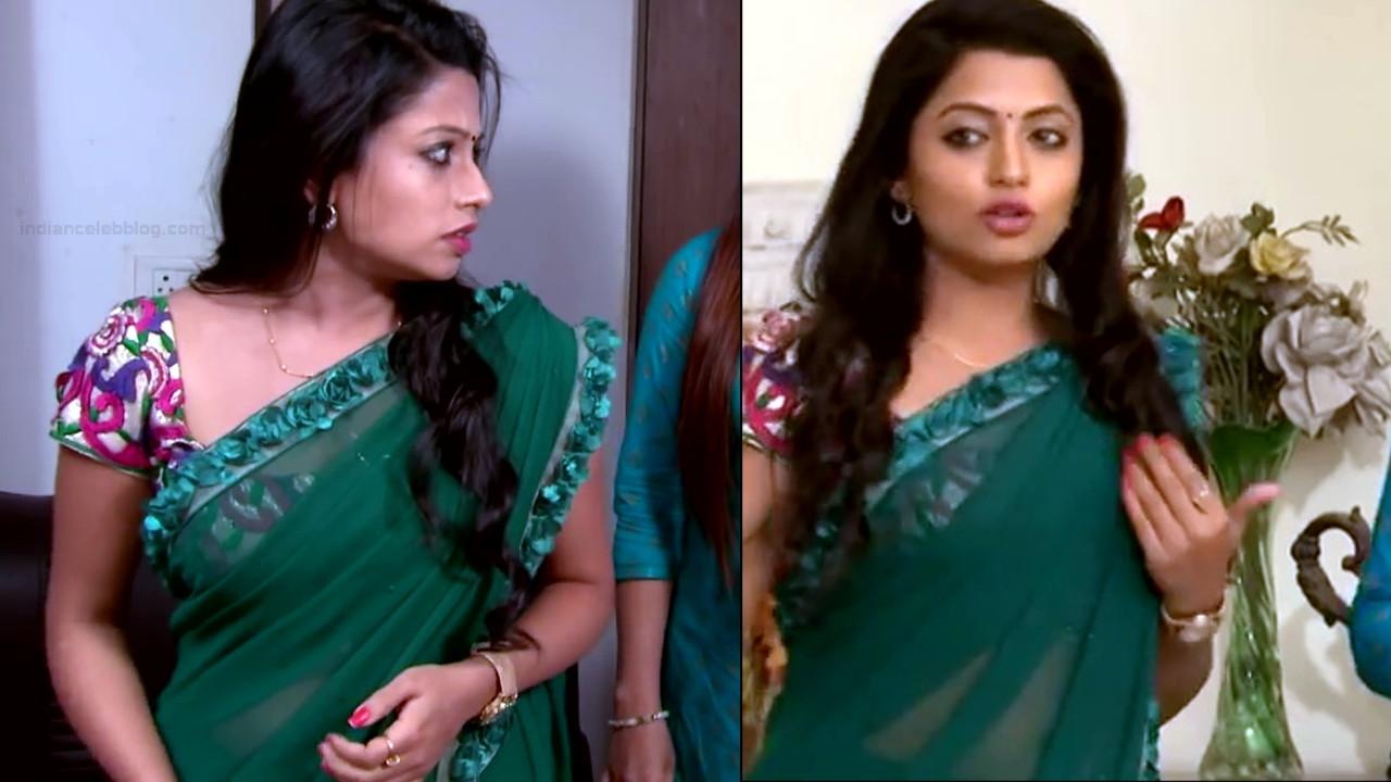 Navya Swamy Telugu TV Actress NaaPMS1 4 hot sari photos