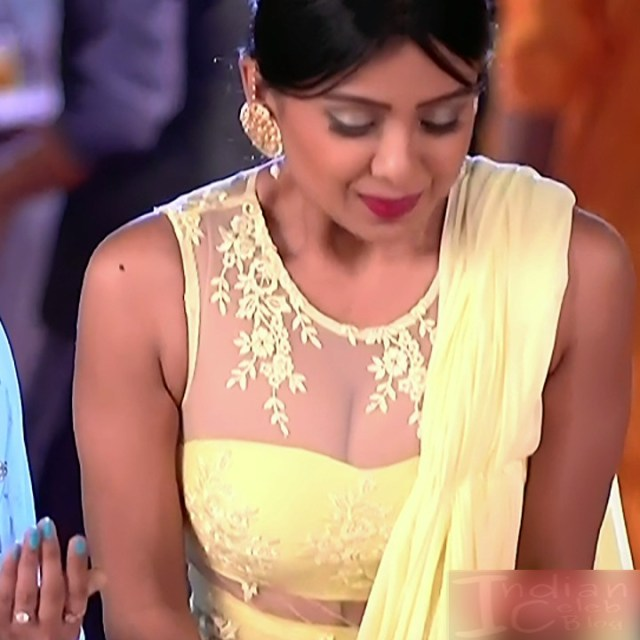 Prerna Panwar Hindi TV actress Savitri devi S1 11 Hot Pics