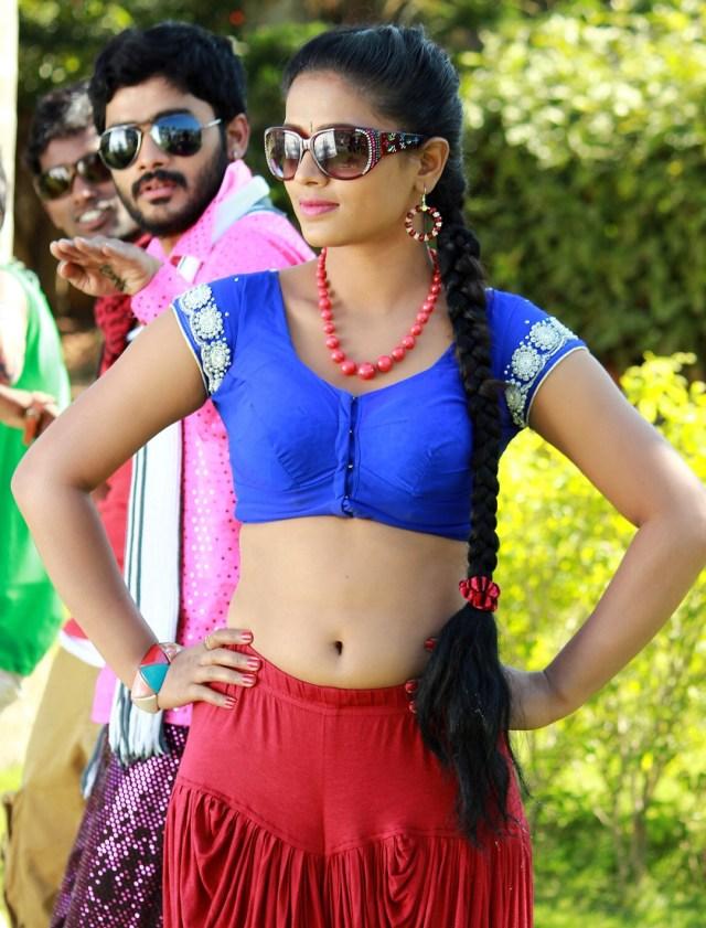 Anusri Telugu TV actress Nuvvena adi movie images 3