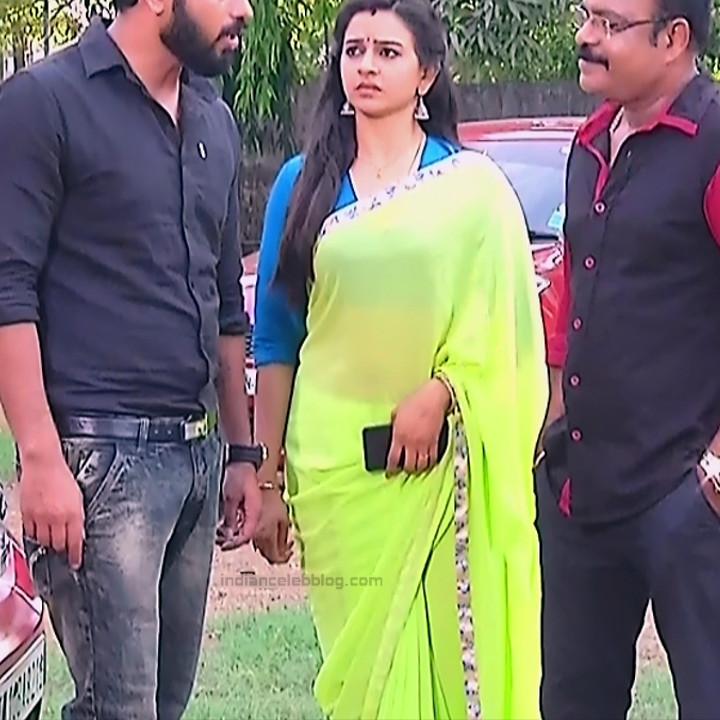 Divya ganesh Tamil serial actress Sumangali S37 hot sari photos