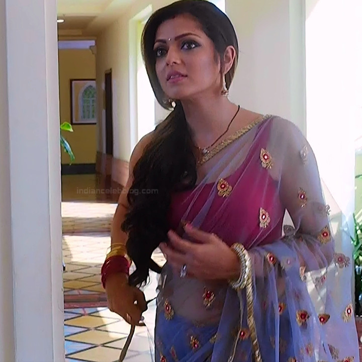 Drashti Dhami Sexy Sleeveless Blouse Saree Hd Tv Caps -8513