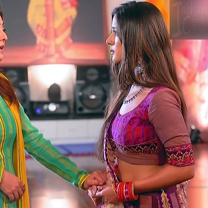 Nikki Sharma Hindi serial actress Roop MKNSS1 15 hot lehenga pics