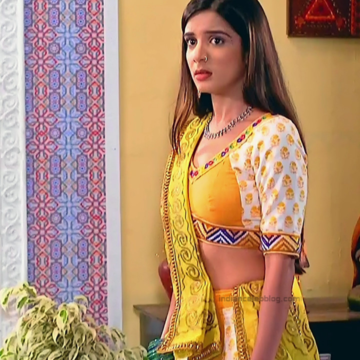 Nikki Sharma Hindi serial actress Roop MKNSS1 16 hot lehenga pics
