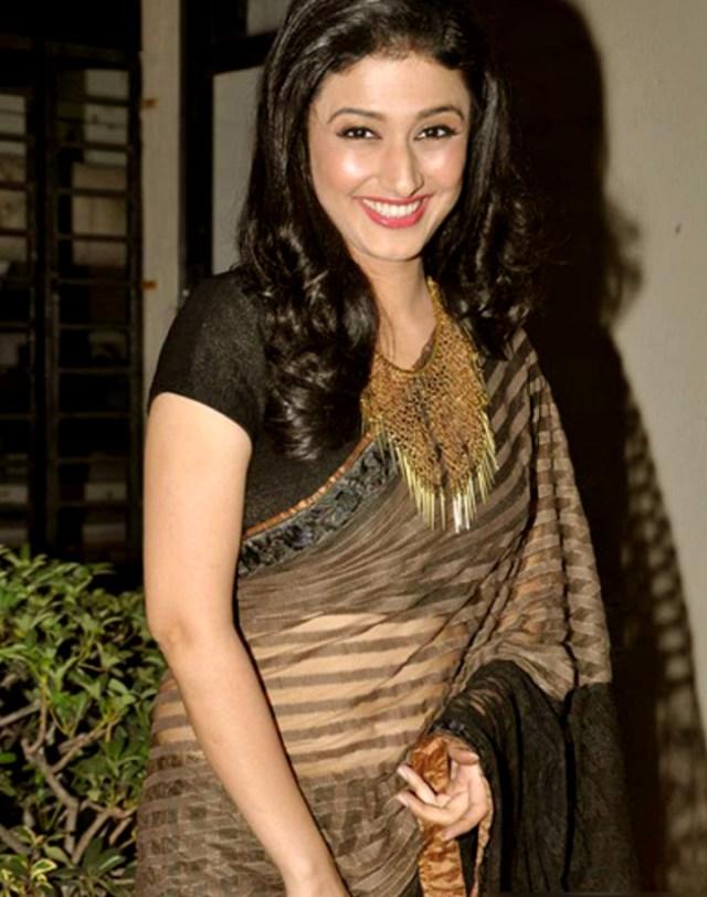 Ragini Khanna Hindi TV Actress CelebTS1 25 hot Saree photos