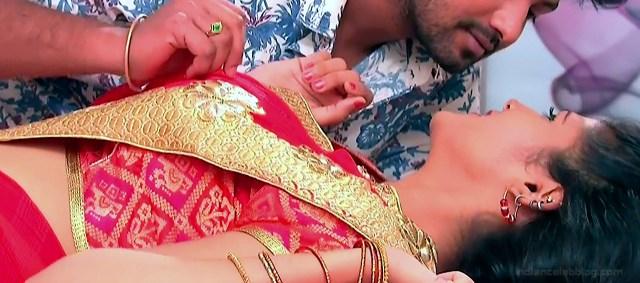 Sangeetha Kamath shravya karthika deepam actress 5 hot saree pics