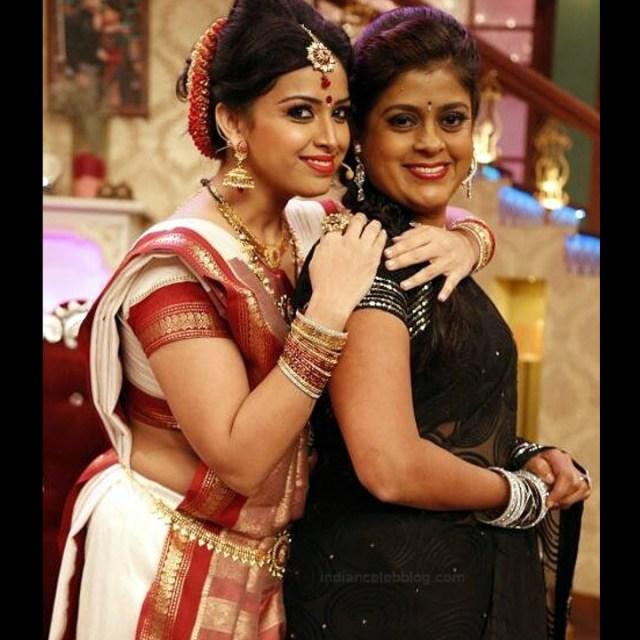 Shwetha Chengappa Kannada TV actress 12 hot saree photo